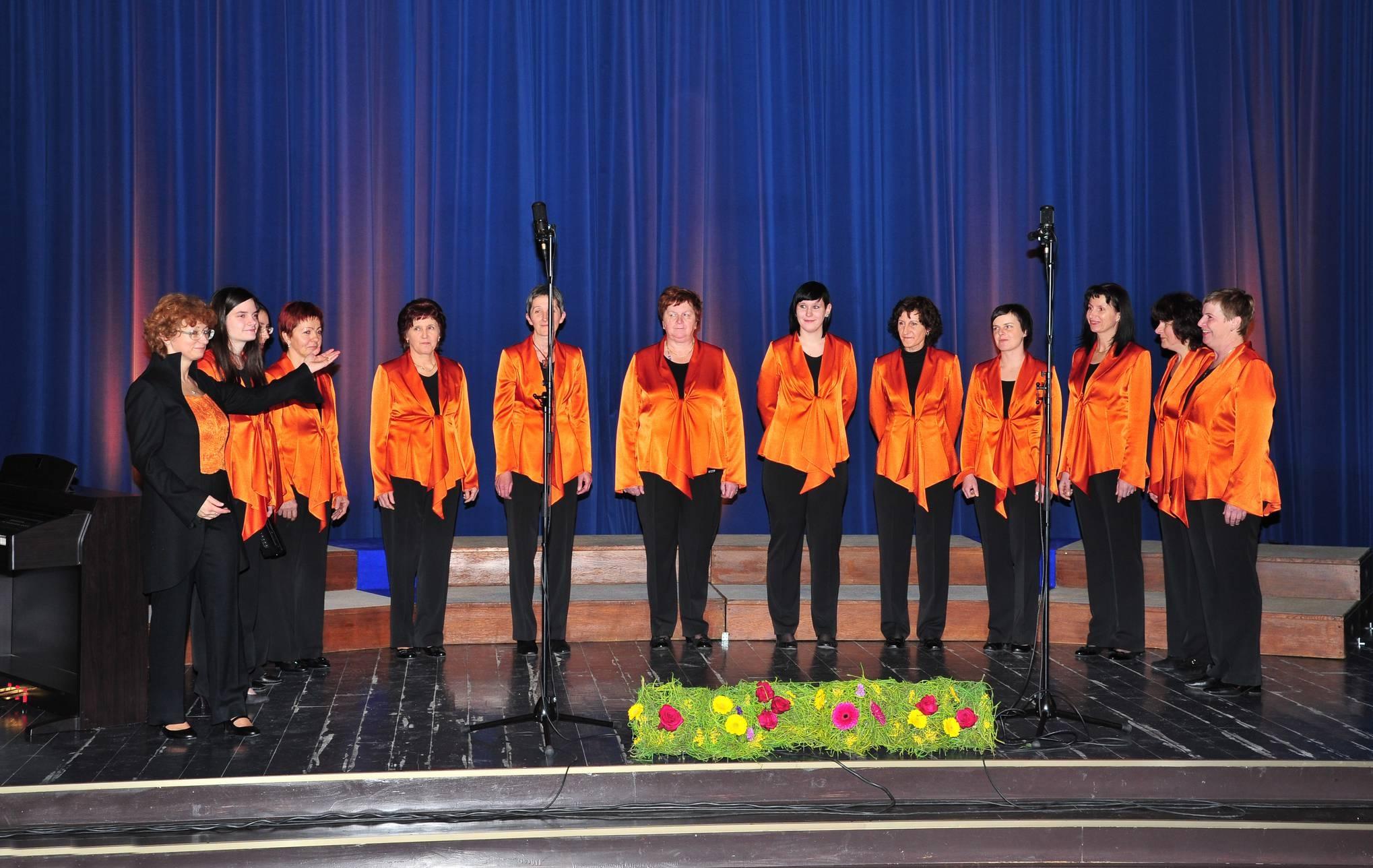 Ženski pevski zbor »Justin Kogoj« Dolenja Trebuša