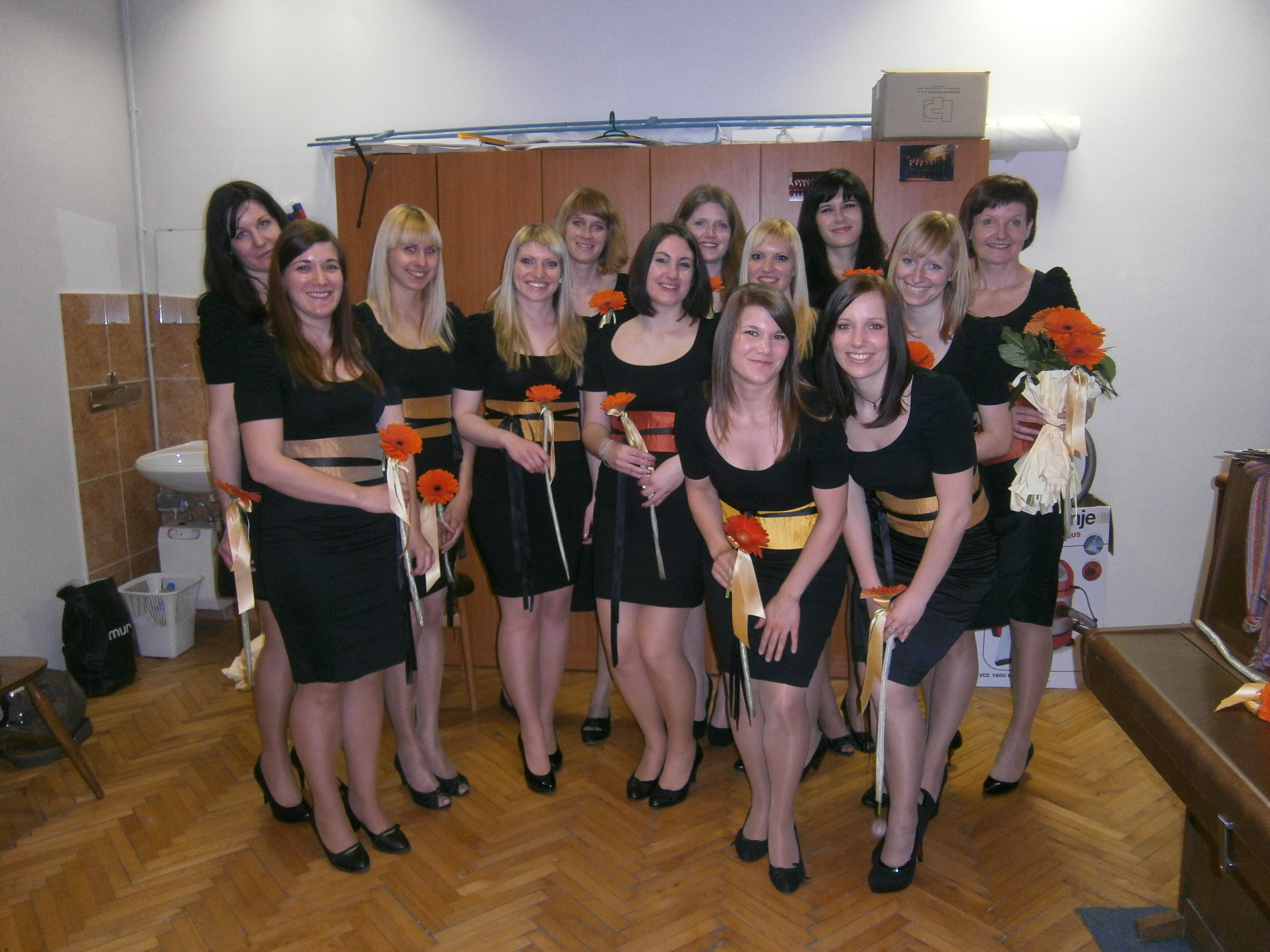 Ženski pevski zbor Znamenje Volče